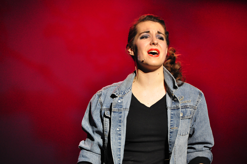 Julie Brown, Gina Rasicci, Singing, Photography, Portrait, Green High School Ensemble