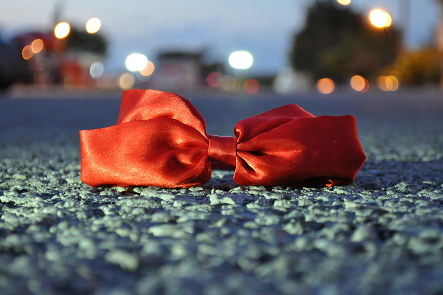 Photography, Gina Rasicci, Color Isolation, Bow, Red Bow, Bokeh